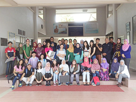Students BLA Visited to Kolej Yayasan Saad Melaka